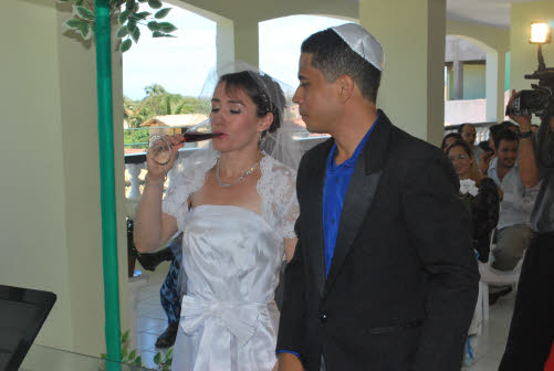 Two Cups Of Wine Are Used In The Wedding Ceremony First Cup Accompanies Blessings On Close Engagement Period